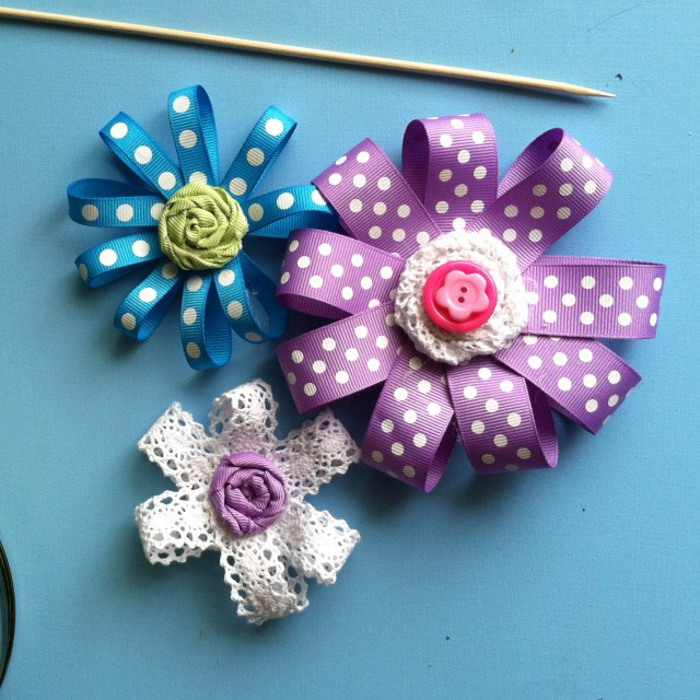 DIY easy ribbon flowers