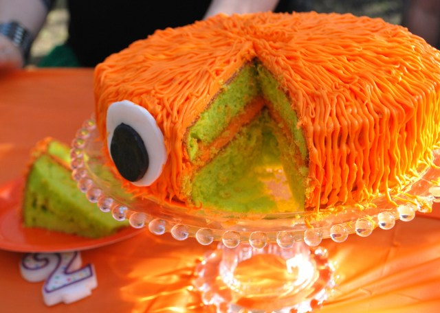 DIY monster cake
